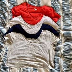 Five old Navy Maternity Shirts 🤰